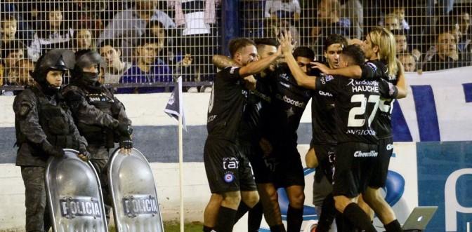 Argentinos derrotó a Gimnasia y avanzó a semifinales